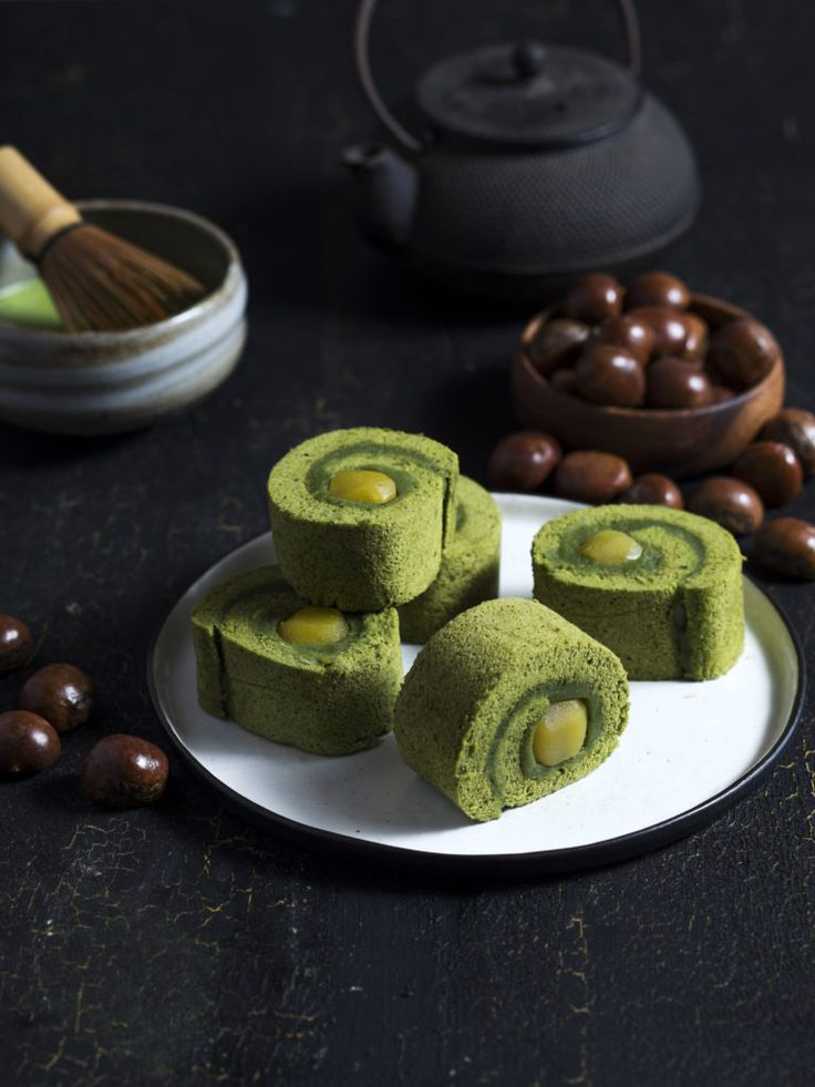 Wagashi: Matcha Roll Cake with Candied Chestnuts