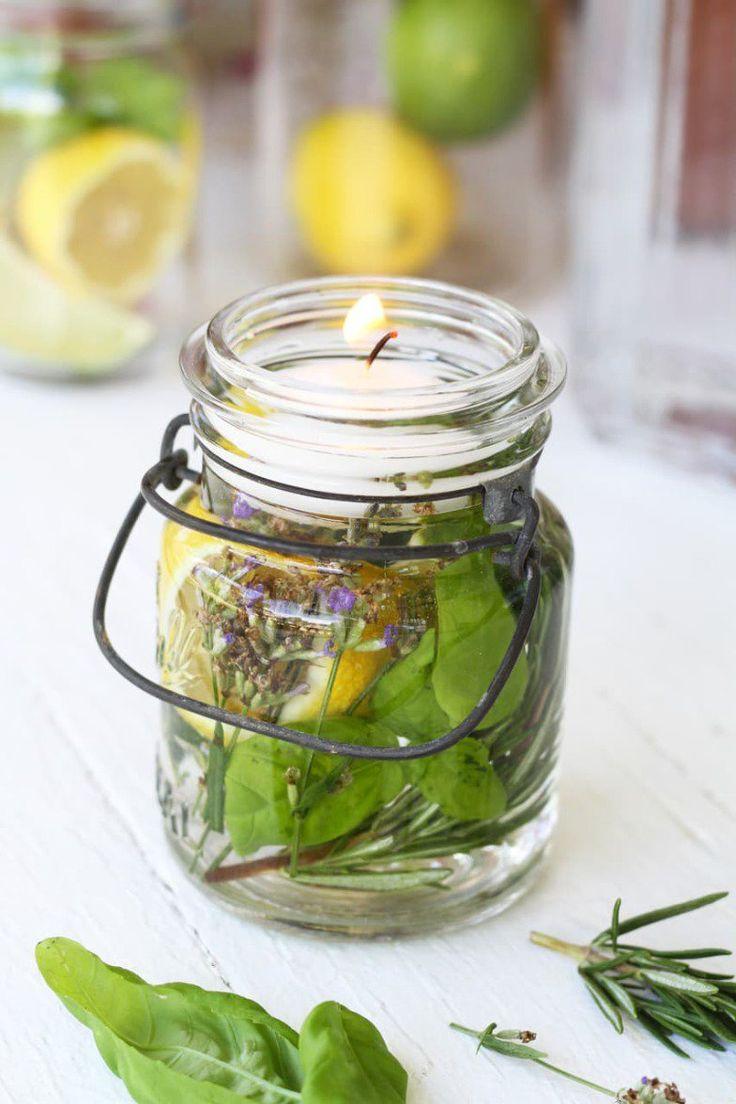 Para espantar mosquitos, deixar um aroma agradável no ambiente e ainda decorar a casa. E o melhor é que é superfácil de fazer.                                                                                                                                                                                 Mais
