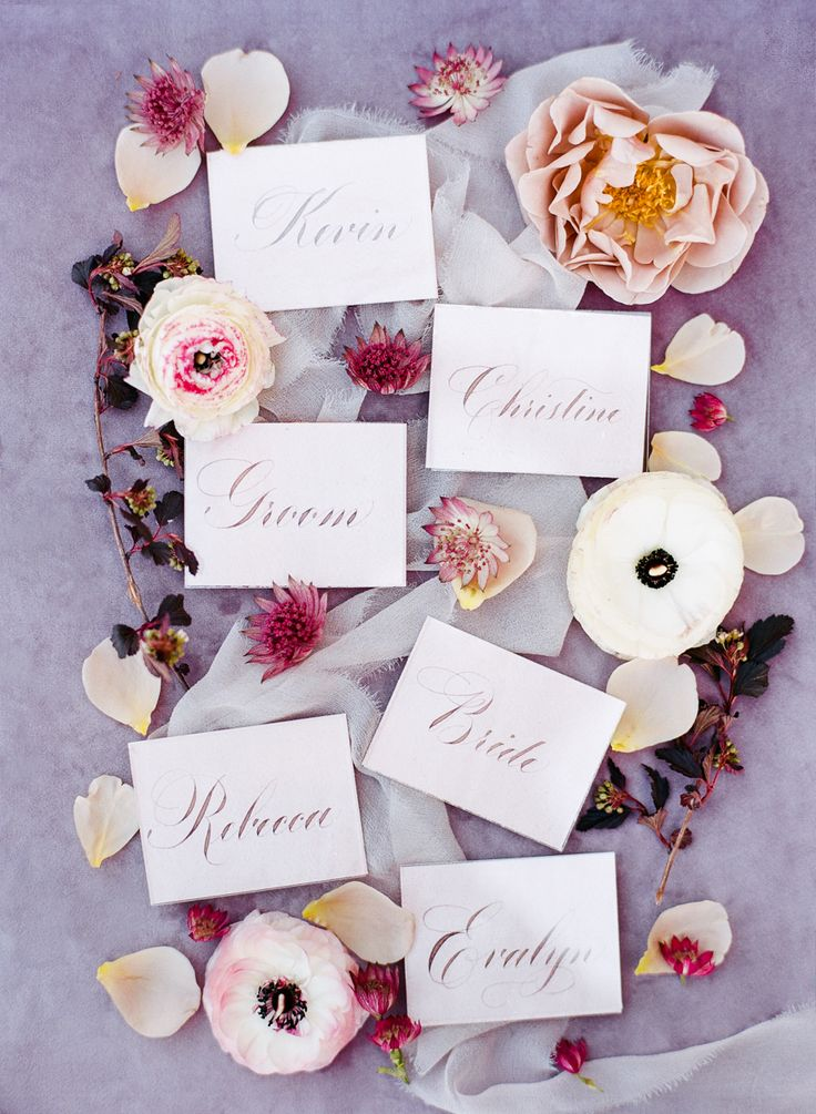 Floral escort cards: Photography: Rebecca Yale - http://rebeccayalephotography.com/