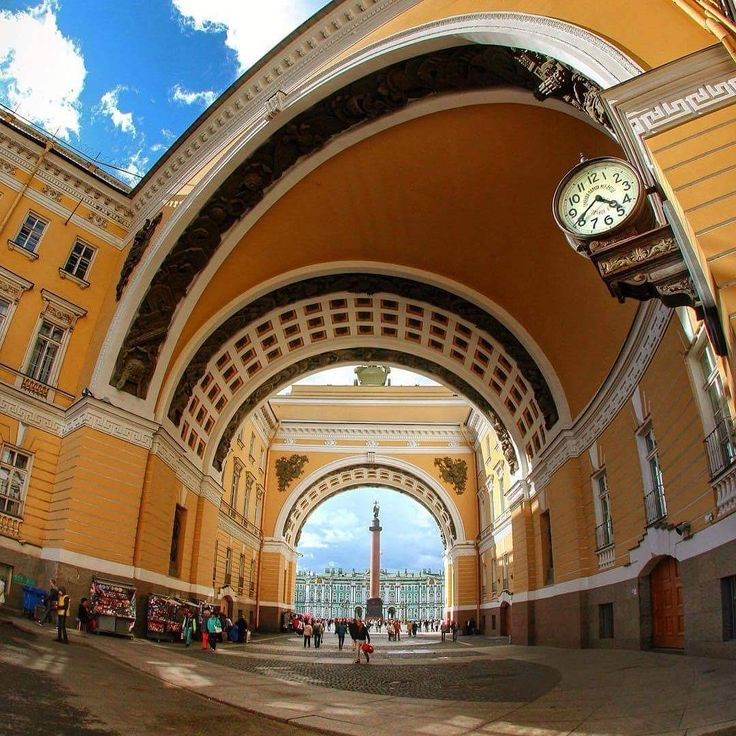 Palace square!  Photographer: atheist_13  #PalaceSquare #дворцоваяплощадь #SanktPeterburg #StPeterburg #Sankt_Peterburg #stpetersburgguide #SanPietroburgo #Pietroburgo #Petersburgo #SanPetersburgo #Piter #spb #спб #петербург #питер #этопитер #SanktPetersburg  #Rusija #Rusko #Rusland #Russie #Rusia #Rosja #Ryssland  #Россия