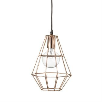 The wonderful Pernille pendant lamp is one of Bloomingvilles most iconic lamps. Pernille has a geometric and industrial design in metal and the visible bulb make the lamp extra striking. Pernille small is suitable for all rooms and is perfect to hang in the window. Use a large bulb for the best look!
