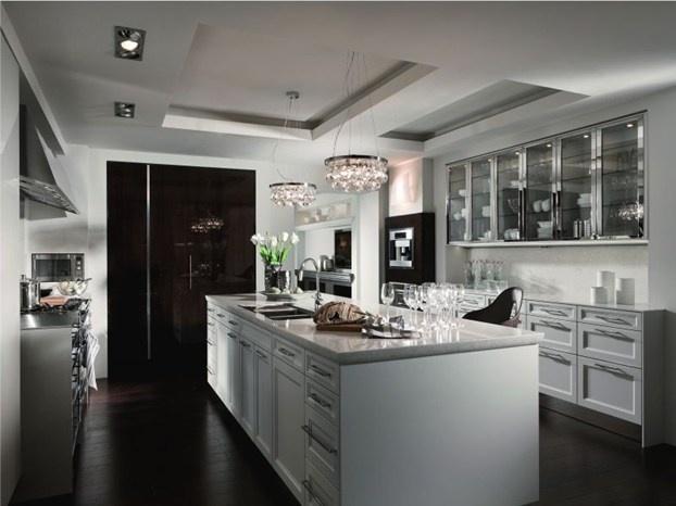 Con la filosofia di progettazione Floating Spaces la cucina si integra armoniosamente con l'ambiente giorno. http://www.leonardo.tv/cucina/siematic-floating-spaces
