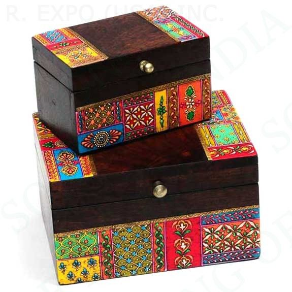 Cajas pintadas inspiración India / Hand painted wood boxes