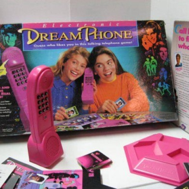 Dream phone. I must one day play this again.