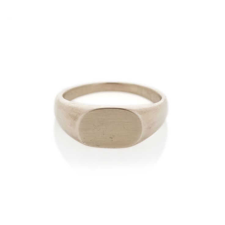 White Gold Oval Signet ring | Dear Rae | Online shop