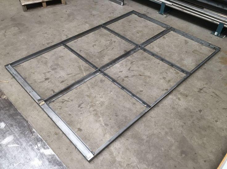 Stalen deuren op de werkbank in de maak! #maatwerk #stalen #deuren #stalendeuren #industrieel #interieur #industrial #interior