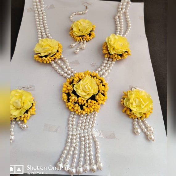Beautiful Yellow Artificial Flower Jewelry Bridal Bride bridesmaid Necklace Set Floral Jewelry Set for WomenGirls Haldi Wedding