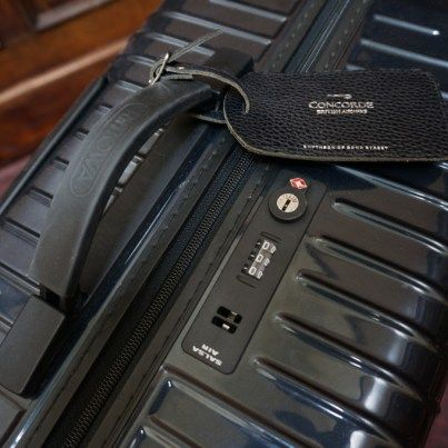Review of lightest suitcase. #rimowa