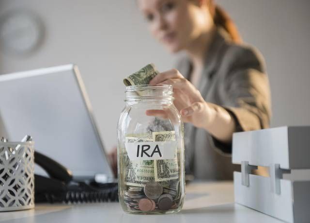 Traditional IRA vs. Roth IRA - Which is Better