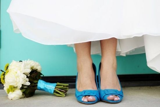 Colourful wedding shoes - Light blue