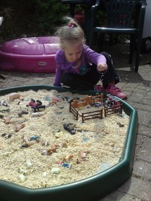 Farm play in the Tuff Spot