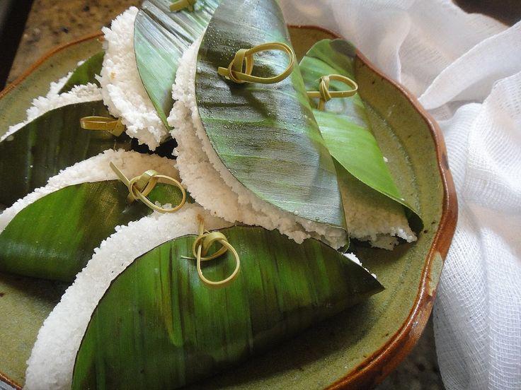 come-se: Tapioca molhada na folha de bananeira. Quinta sem trigo 27