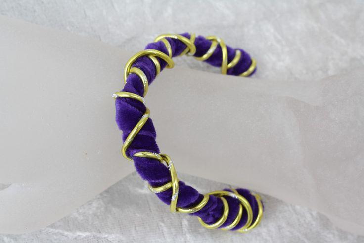 Armreife - Armreif Spirale limette lila Samt Armband Schmuck - ein Designerstück…