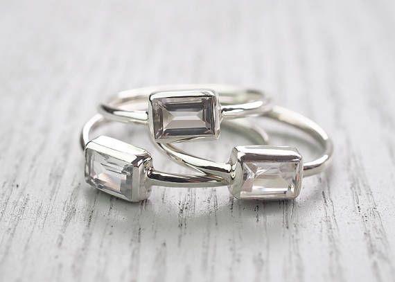 Minimalist ring Modern ring White Topaz ring Topaz ring