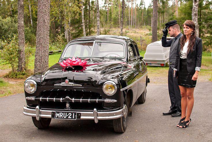 Ford Vedette, autista e la sua ragazza