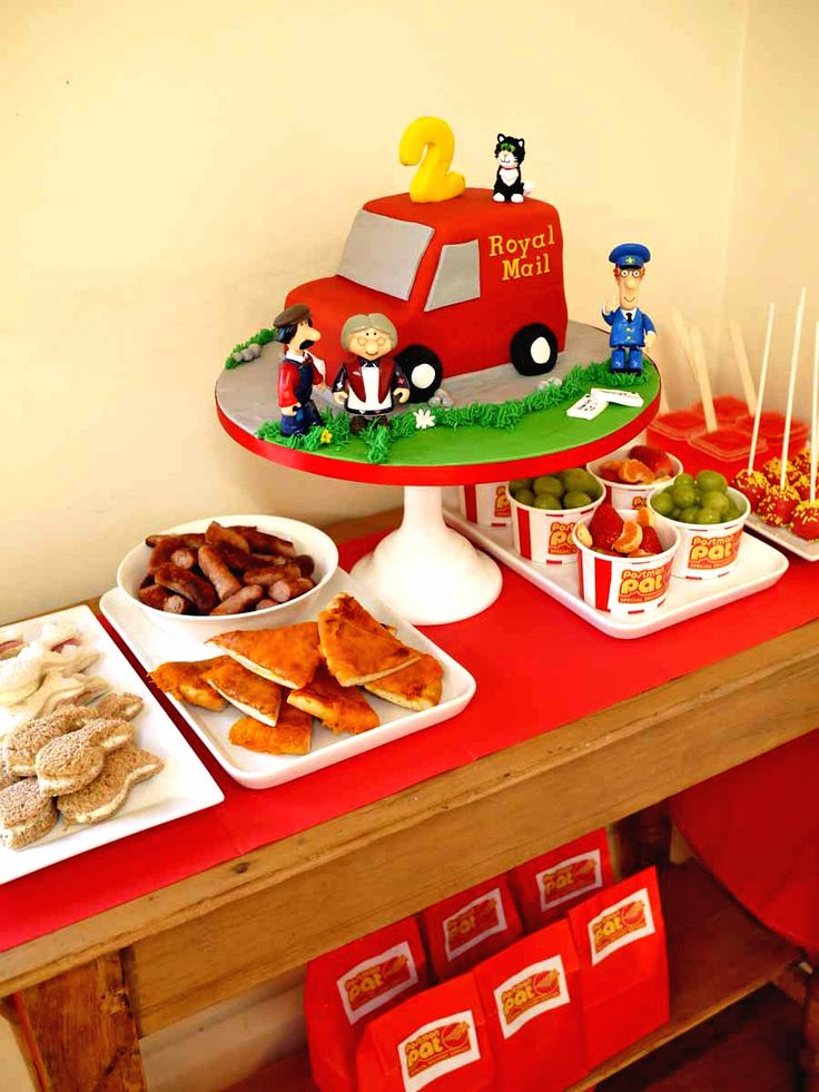 Our Postman Pat Party Dessert Table - with Postman Pat Van Cake!