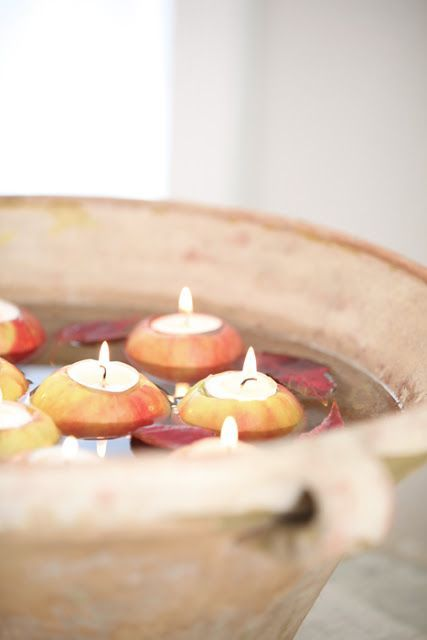 Apple candles | candelle scavate nelle mele | Red apples for autumn wedding ideas LK