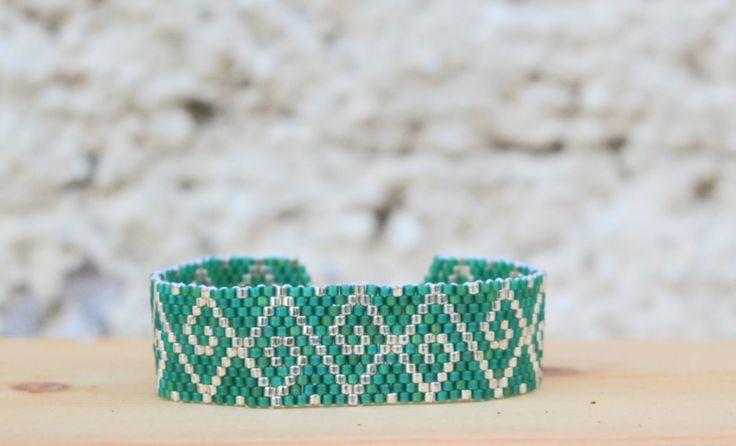 """Braccialetto """"Olympia"""" Wanamè da donna verde matte - argento : Braccialetti di waname"""