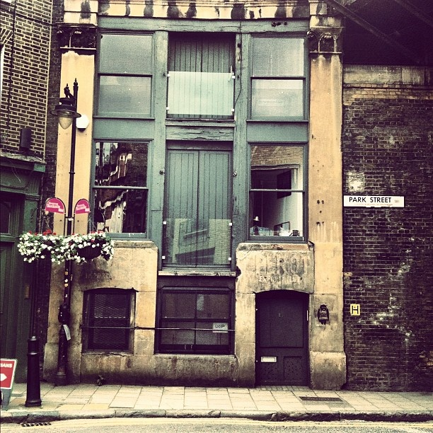 Lock Stock set #boroughmarket #instagramyourcity #iphonephotography #london #architecture #city - @Jon Ruffell- #webstagram