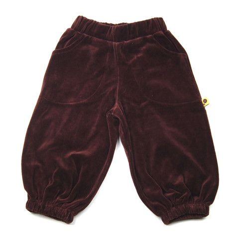 Perfect play velvet pants from Krutter http://www.danskkids.com/collections/pants/products/krutter-velvet-pants-brown