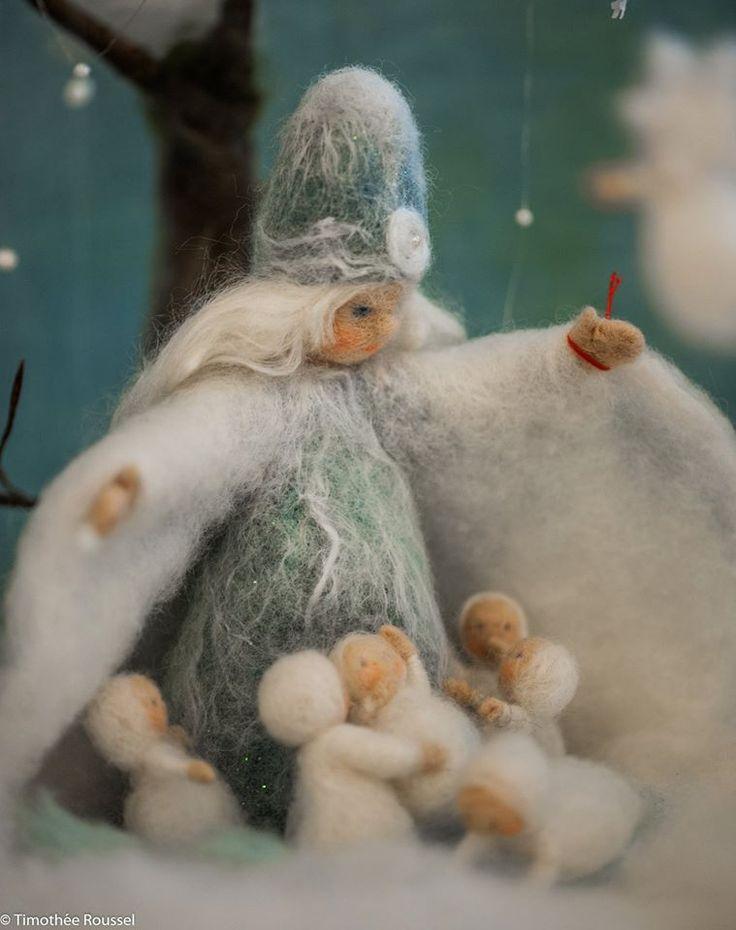 Mutter Schnee mit ihren Kindern                                                                                                                                                                                 Mehr