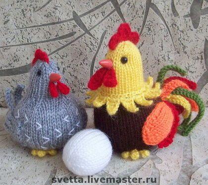 """Подарки на Пасху ручной работы. Ярмарка Мастеров - ручная работа """"Семейное гнездышко"""" вязаные курочка и петушок. Handmade."""