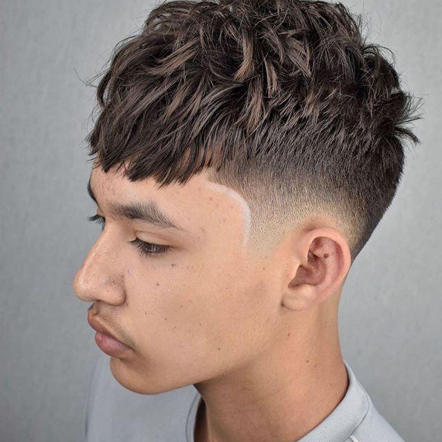 Pin Von Manner Und Damen Frisuren Auf Mannerfrisuren In 2020 Rasiert Seite Frisuren Manner Haarschnitt Kurz Beste Kurze Haarschnitte