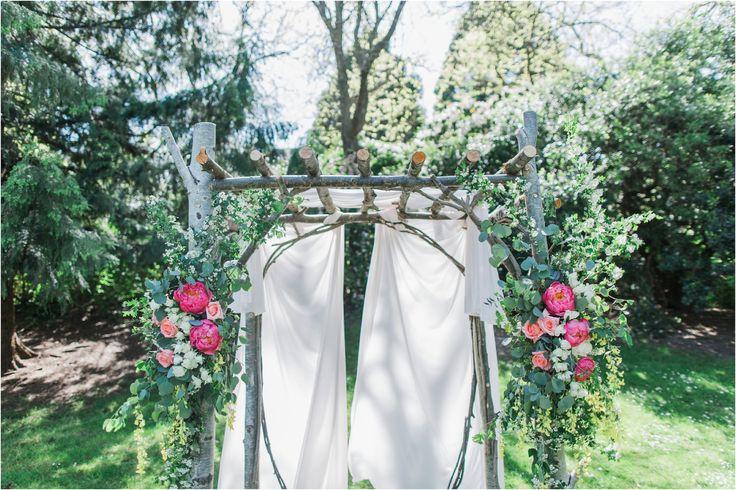 Beautiful DIY arbour - Matdivad-vancouver-wedding-photographer-Granville-Island-Dockside-Brewing_0054