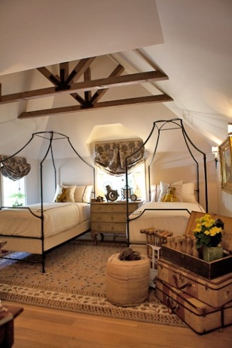 2011 Pasadena Showcase House of Design, Paul Williams: La Canada Flintridge-Guest House Bedroom