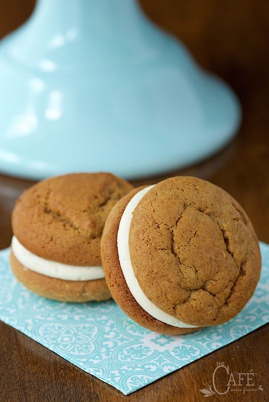 ... Whoopie Pies on Pinterest | Whoopie Pies, Chocolate Whoopie Pies and