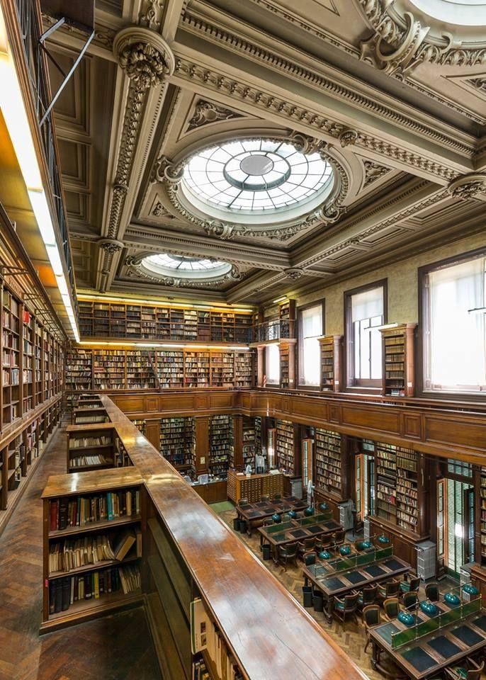 Biblioteca del Colegio Nacional de Buenos Aires (CNBA) - Monumento Histórico Nacional-Buenos Aires - Argentina