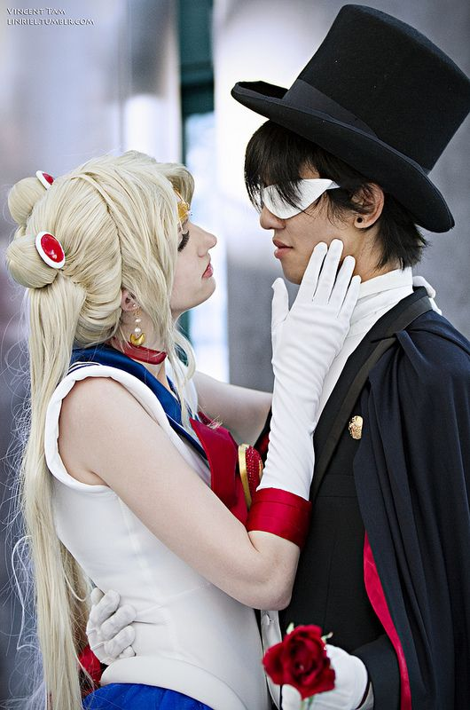 Sailor Moon Usagi and Tuxedo Mask | Anime Expo 2011 #Cosplay
