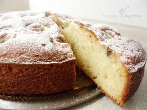 Torta soffice con banane e ricotta, buona, soffice e senza burro.