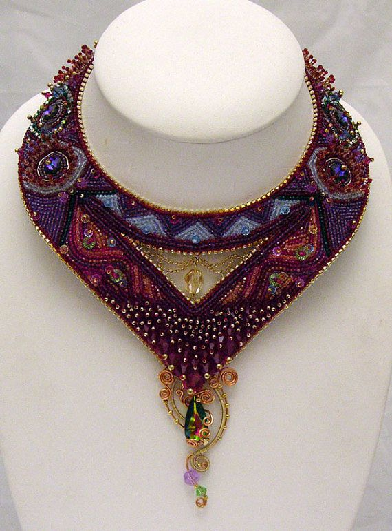 Incredible beaded Swarovski necklace, beautifully executed. By LaurenElise.etsy.com #beadweaving #beading #jewelry