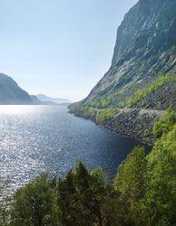 Nasjonal turistveg Ryfylke passerer Tysdalsvatnet på Strand - Foto: Werner Harstad / Statens vegvesen