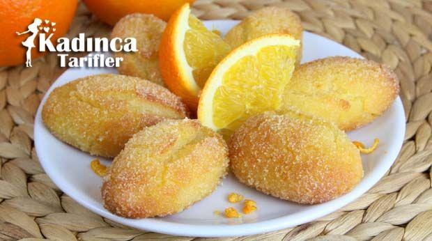 Portakallı İrmikli Hira Tatlısı Tarifi nasıl yapılır? Portakallı İrmikli Hira Tatlısı Tarifi'nin malzemeleri, resimli anlatımı ve yapılışı için tıklayın. Yazar: AyseTuzak