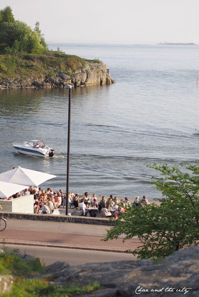 Summer in Helsinki, Kaivopuisto, Mattolaituri: http://divaaniblogit.fi/charandthecity/2014/05/29/duni-piknik-kattaus/