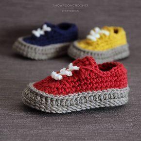 Crochet PATTERN Classic sneakers baby shoe. Instant
