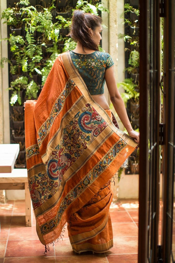 For all the women out there…heads up! Just the right shade of earthy rust orange with a surprise Kalamkari pallu beautifully and intricately zari worked to make it abundantly special. A black blouse would be a no brainer pairing for this drape. Or do as we do and pretty it up with a Kalamkari touch blouse! #kalamkari #saree #india #blouse #houseofblouse