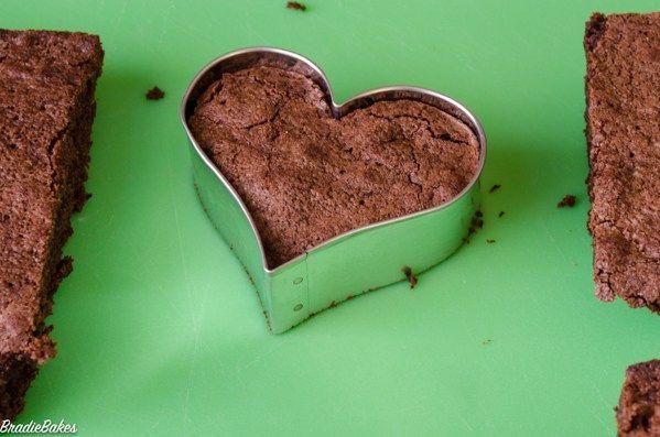 DIY Valentines Day Brownie Hearts - BradieBakes