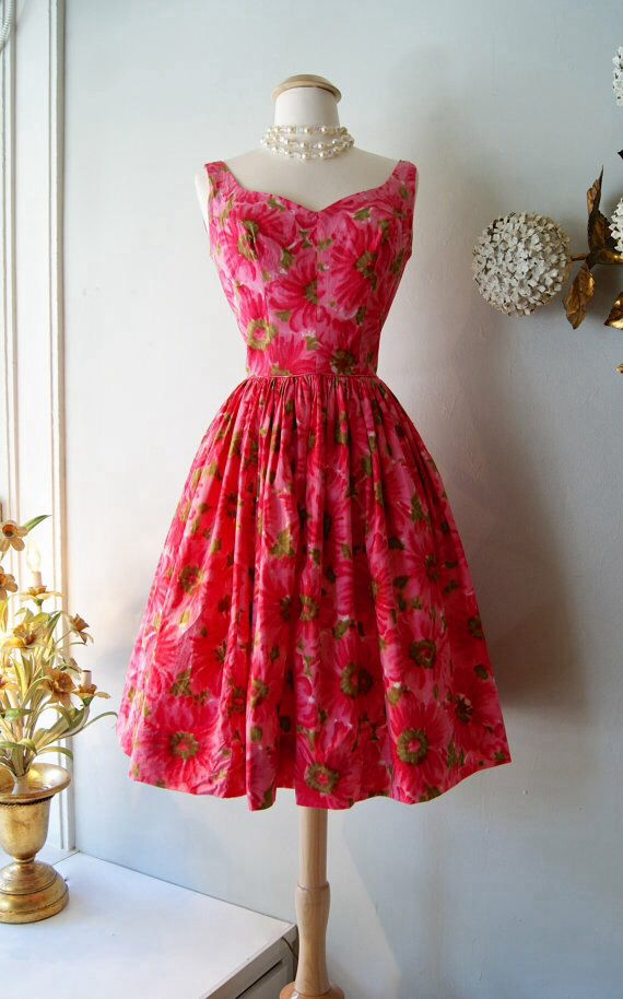 Vintage pink dress #MillionDollarShoppersAndrea