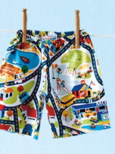 Shorts pattern for little boys or girls. Can also be modified to make pants.Free pattern up to age 5-6