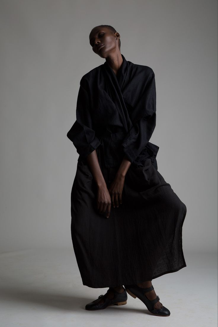 designer yohi yamamoto Tokyo-based yohji yamamoto introduced his line of ready-to-wear in 1981 experimental tailoring, unexpected fabric choices, and androgynous style set yamamoto's label apart today, the designer emphasizes a dark palette, voluminous silhouettes, and sculptural padding in his avant-garde collection.