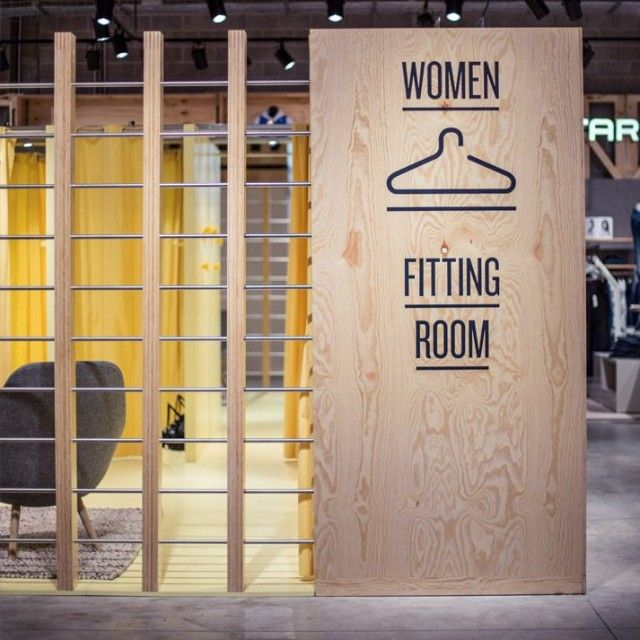"WOMEN FITTING ROOM, ""Paskamer,Probador,Camerino,Provador....."", pinned by Ton van der Veer"