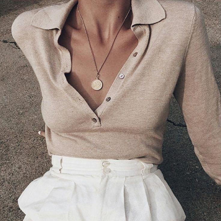 Du bist auf der Suche nach stylischen und trendigen Outfits für die kalten Wintertage?❄ nybb.de – Der Nr. 1 Online-Shop für Damen Outfits & Access…