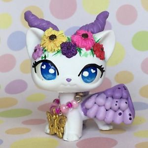 Littlest Pet Shop Cute Short Hair Cat With Horned And Wings Ooak