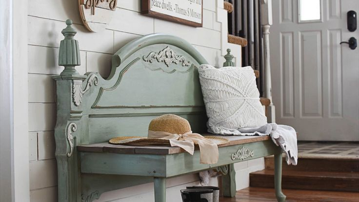 Have an old bed laying around?  Turn it into a bench!  This was such a fun DIY project.