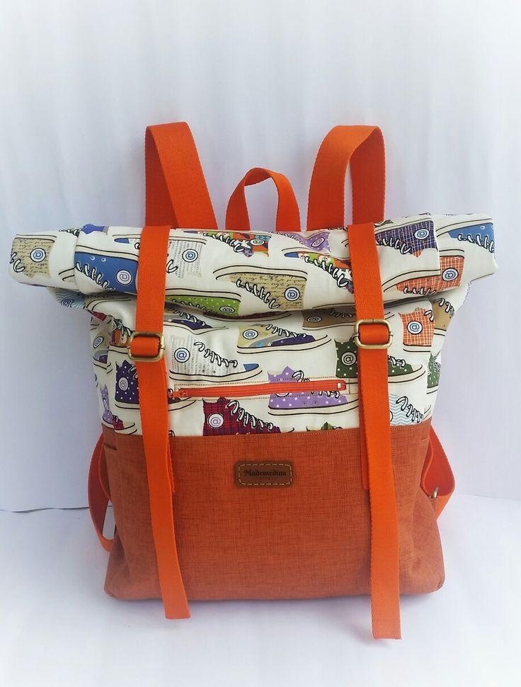 Diy backpack roll on top by lianajib 👉👉👉  http://www.lianajib.com/2017/04/si-ruangan-besar-my-backpack-roll-on-top.html?m=1