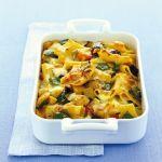 I paccheri al forno con mozzarella e acciughe sono un primo piatto saporitissimo e molto veloce da preparare. Segui la ricetta di Sale&Pepe e dai un voto.