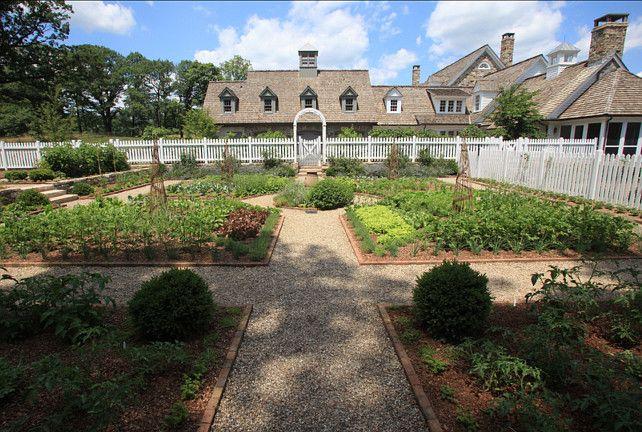 #Vegetable #Garden #Ideas Vegetable Garden: Garden Ideas, Garden Design, Design Ideas, Picket Fence, Vegetables Garden, Traditional Landscape, Gardens, Photo, Vegetable Garden